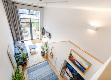 Thumbnail 1 bed flat to rent in Cowleaze Road, Kingston, Kingston Upon Thames