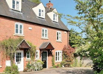 Thumbnail 3 bed terraced house for sale in Bloxham Court, Bloxham, Banbury