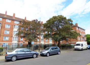 Thumbnail 1 bed flat to rent in Crasswell Street, Portsmouth