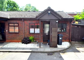 Thumbnail 3 bedroom bungalow for sale in Walnut Drive, Lillington, Leamington Spa, Warwickshire