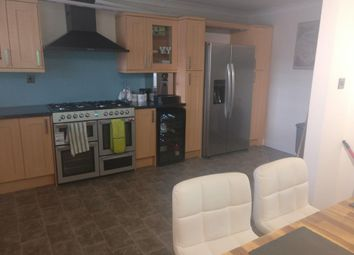 Thumbnail 4 bed detached house to rent in Burringham Road, Scunthorpe