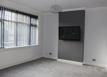 Thumbnail 2 bed flat to rent in London Road, Sevenoaks