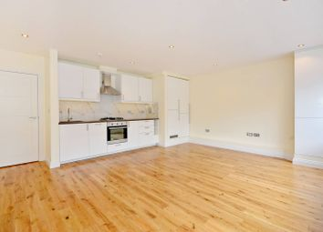 Thumbnail Studio to rent in College House, Swiss Cottage