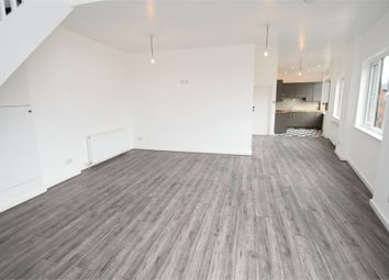 Thumbnail 2 bed flat to rent in Lowfield Road, Shaw Heath, Stockport, Cheshire