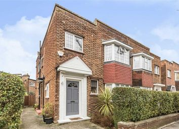 Thumbnail 2 bed flat for sale in Ravenscroft Road, London