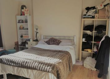 4 bed flat to rent in Dalston Lane, Hackney E8