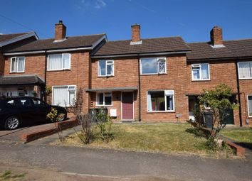 3 bed terraced house to rent in The Croft, Bedford MK41
