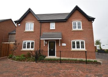 Thumbnail Country house for sale in Hayfields, Upton Snodsbury Road, Pinvin