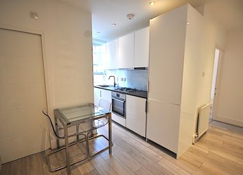 Thumbnail 3 bed flat to rent in Northdown Street, Kings Cross, Bloomsbury, Lse/Ucl, Euston, West End, Camden, London