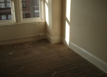 2 bed flat to rent in Eastbourne Avenue, Gateshead NE8