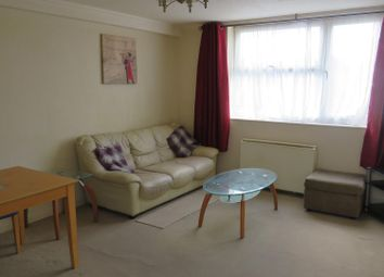 Thumbnail 2 bed flat to rent in Marlowes, Hemel Hempstead