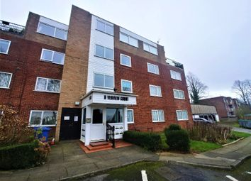 2 bed flat to rent in Riverview Court, Moor End Avenue, Salford M7