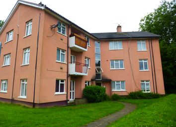 Thumbnail 2 bed flat to rent in Sunnymead, Crawley