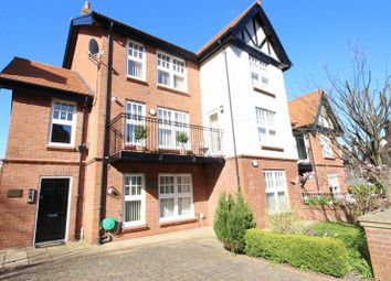 Thumbnail 1 bed flat to rent in Belvedere Road, Scarborough