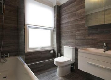 Thumbnail 1 bed flat for sale in Chatsworth Road, London, Greater London.