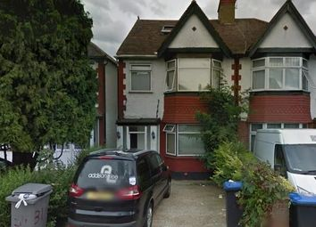 Thumbnail 6 bed terraced house to rent in Meadow Way, Wembley