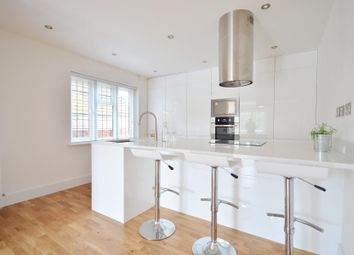 Thumbnail 2 bed flat to rent in Burkes Court, Burkes Road, Beaconsfield