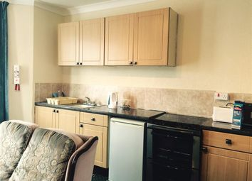 Thumbnail 1 bed flat to rent in Morgan Avenue, Torquay