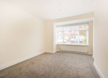 Thumbnail 3 bed property to rent in Woodside Court Road, Croydon