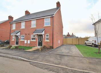 Thumbnail 3 bed property for sale in Winterbrook, Wallingford