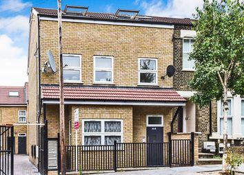 Thumbnail 2 bed flat for sale in Borough Hill, Croydon