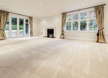 Thumbnail 3 bed flat to rent in Beaumont Close, Hampstead Garden Suburb