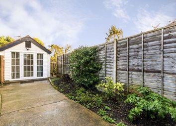 1 bed flat to rent in Gloucester Road, Hampton TW12