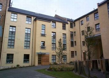 Thumbnail 1 bed flat to rent in Old Tolbooth Wynd, Old Town, Edinburgh