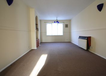 Thumbnail 2 bed flat to rent in Coe Avenue, Woodside