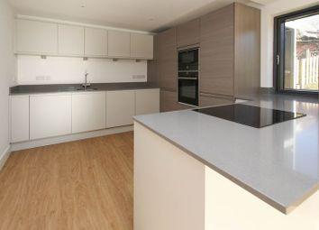 2 bed flat for sale in Albert Road, Clevedon BS21