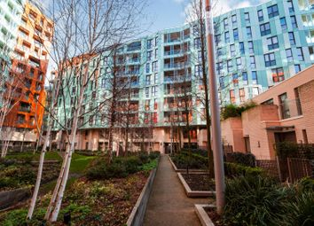 Thumbnail 2 bed flat for sale in 24 Cable Walk, Greenwich