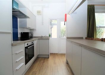 3 bed property to rent in Eton Place, Plymouth PL1