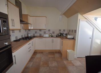 Thumbnail 2 bed flat to rent in Horsforth Avenue, Bridlington