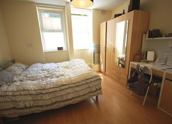 Thumbnail Studio to rent in Blythe Road, London
