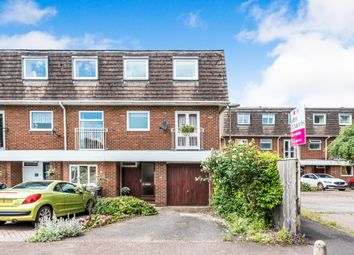 Thumbnail 4 bed town house for sale in Bailie Close, Abingdon