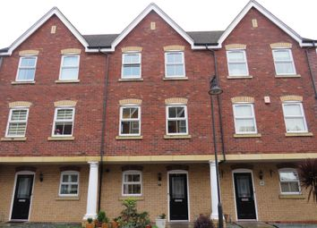 4 bed terraced house for sale in Vistula Crescent, Swindon SN25
