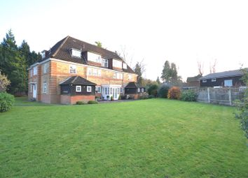 3 bed flat for sale in Deans Lane, Walton On The Hill, Tadworth KT20