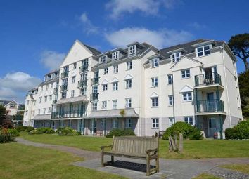 Cliff Road, Falmouth TR11. 2 bed flat for sale