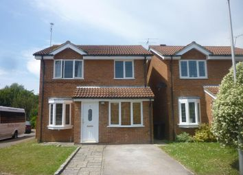 Thumbnail 3 bed detached house to rent in Chaffinch Close, Worthing