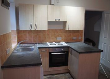 Thumbnail 1 bed flat to rent in Castle Street, High Wycombe