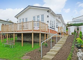 Thumbnail 1 bed mobile/park home for sale in Hartridge Farm, Lower Road, East Farleigh, Maidstone