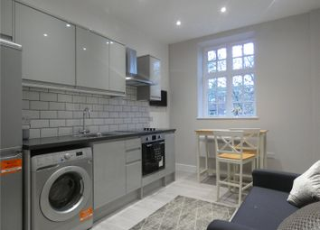 Thumbnail 1 bedroom flat to rent in High Road, Whetstone, London