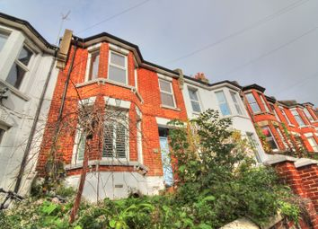 Thumbnail 2 bed maisonette for sale in Bear Road, Brighton