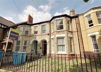 Thumbnail 1 bedroom flat to rent in Victoria Avenue, Hull, East Riding Of Yorkshire