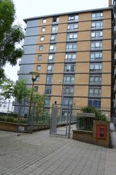 Thumbnail 1 bed property to rent in Victoria Road, London