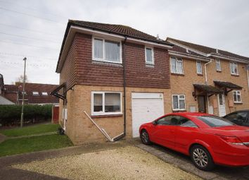 Thumbnail 3 bed semi-detached house for sale in Kingfishers, Portchester