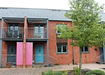 Thumbnail 3 bed town house for sale in Crossley Road, Worcester