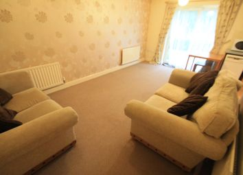 Thumbnail 2 bedroom flat to rent in Primrose Close, Luton