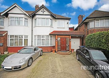 4 bed property for sale in Chatsworth Avenue, Hendon, London NW4