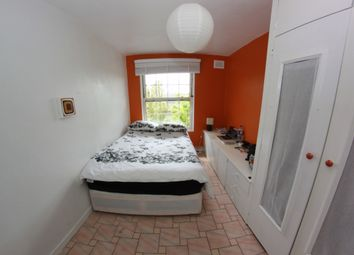 Thumbnail 3 bed flat to rent in Holybush Gardens, Bethnal Green